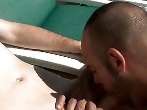 2 Guys Fucking On The Pool