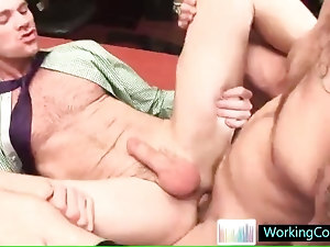 Serious gay ass pounding in the office by workingcock