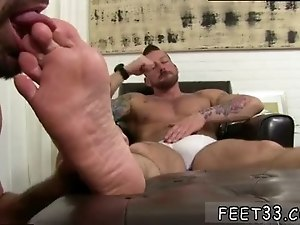 Photo american gay sex oral twink Hugh Hunter Worshiped Until He Cums