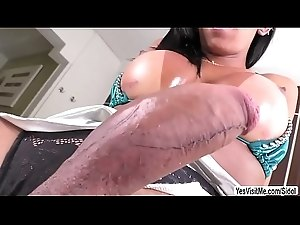 Tgirl Isabelly in hot solo masturbation with her pink dildo